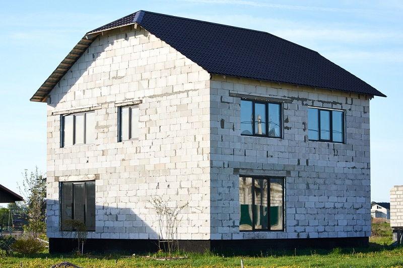 Загородный дом из газоблоков